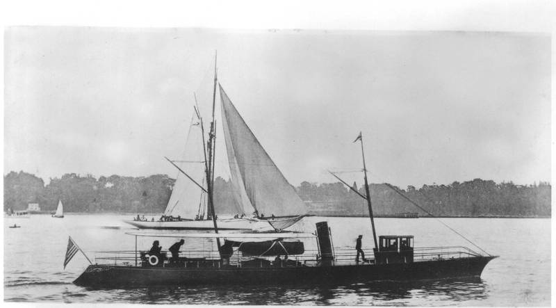 Yacht Now Then by Herreshoff which tried to race Mary Powell. Donald C. Ringwald Collection, Hudson River Maritime Museum.