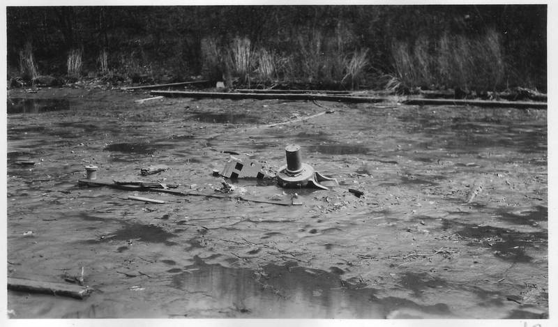 Mary Powell beam sticking up out of the mud along Rondout Creek. Photo taken April 12, 1947. Donald C. Ringwald Collection, Hudson River Maritime Museum.