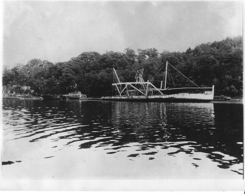 Mary Powell being scrapped along Rondout Creek. Photo taken July 5, 1926. Donald C. Ringwald Collection, Hudson River Maritime Museum.
